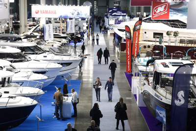 Everybody to Boat Show!